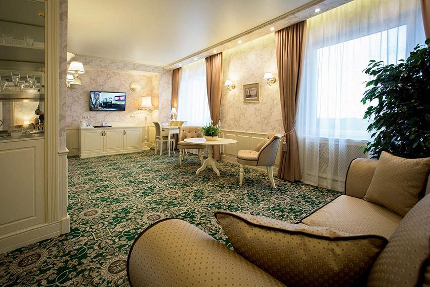 Люкс Премиум в отеле Измайлово Альфа в Москве